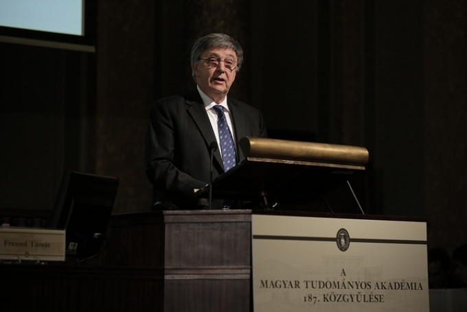 """We have not retreated from engaging in debates"" – President László Lovász's annual report"