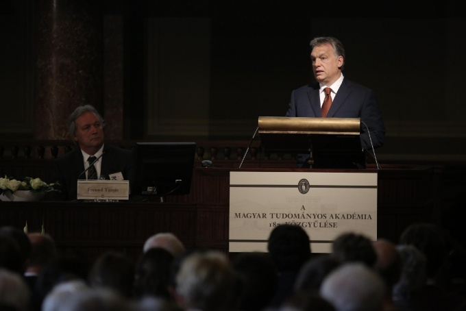 Viktor Orbán at the Academy: 1200 billion for R&D until 2020