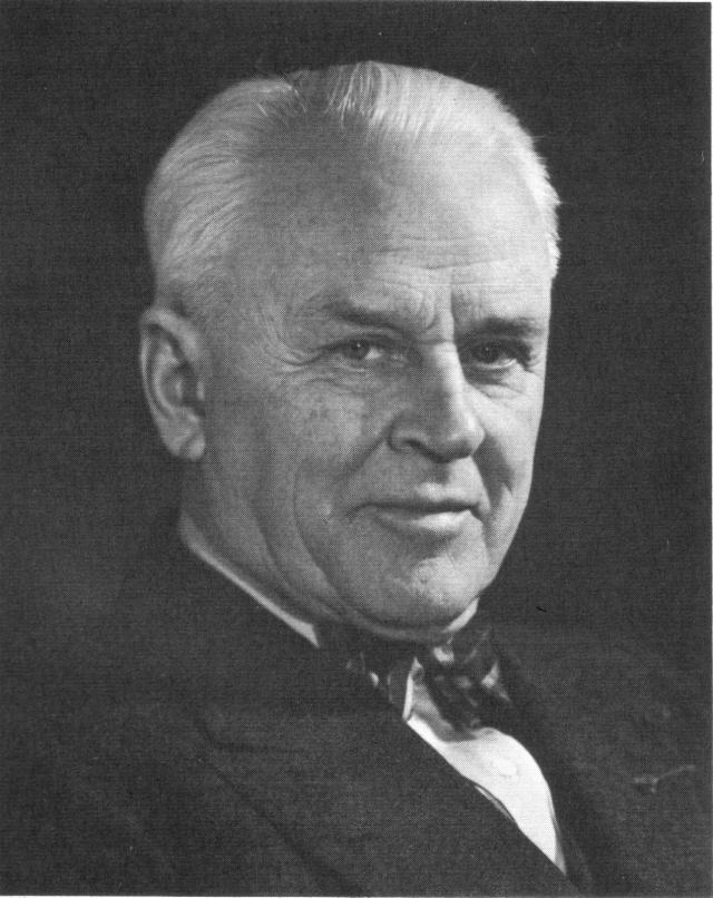 Robert Andrews Millikan (1868–1953)