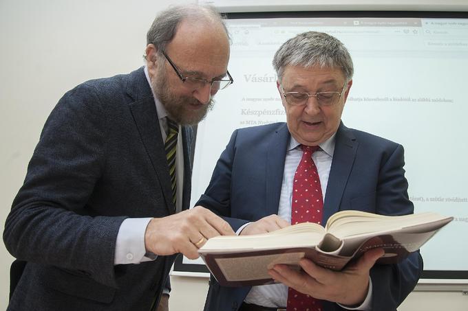 Bemutatták A magyar nyelv nagyszótárának hetedik kötetét