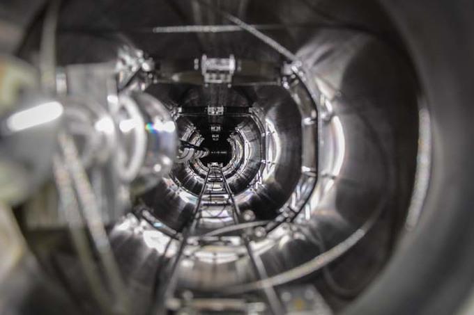 Első európaiként Wigneres kutatók szállítanak kamerát egy japán fúziós kísérlethez