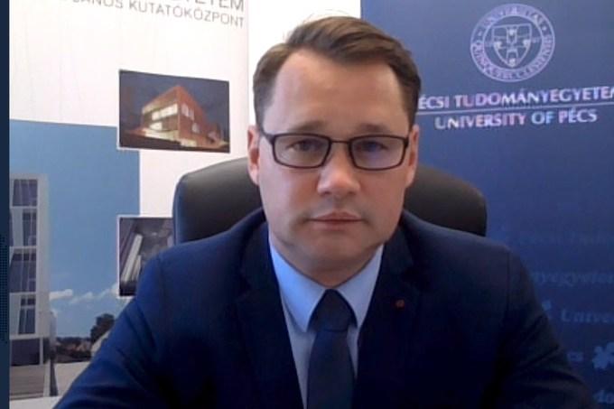 Jakab Ferenc, a Koronavírus-kutató Akciócsoport vezetője a ...